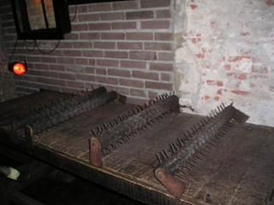 Museum of Medieval Torture Instruments: Torture Device