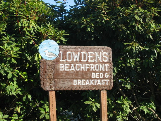 Lowden's Beachfront Bed & Breakfast : Lowden's B&B
