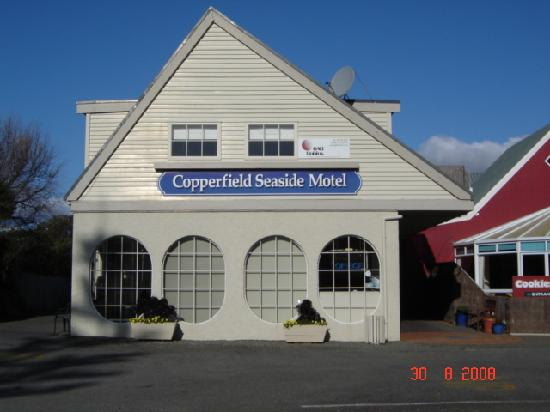 Copperfield Seaside Motel