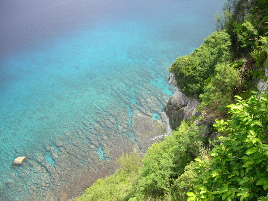 Tumon, Mariana Islands: BLUE sea from Two Lovers Point
