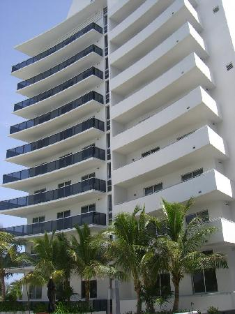 Photo of Churchill Suites Crown Miami Beach