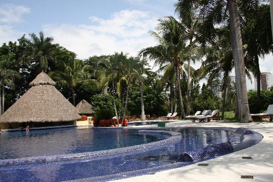 Casa Velas: The pool