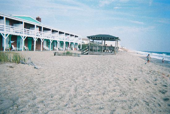 Sea Foam Motel: Another view of the Sea Foam