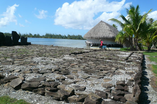 Huahine accommodation