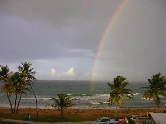 Luquillo Sunrise Beach Inn: Just pure beauty..........