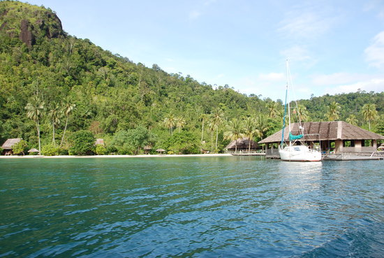 Padang, Indonesia: The resort seen from the boat (bar/lounge in picture as well)