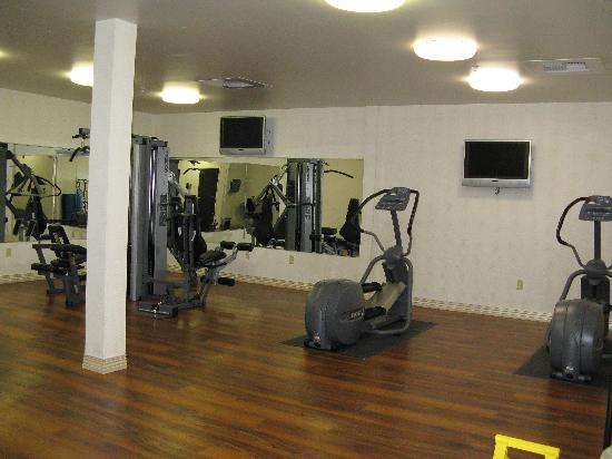 Oxford Suites Boise: fitness room