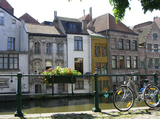 Blgica: Ghent - 4th largest city of Belgium