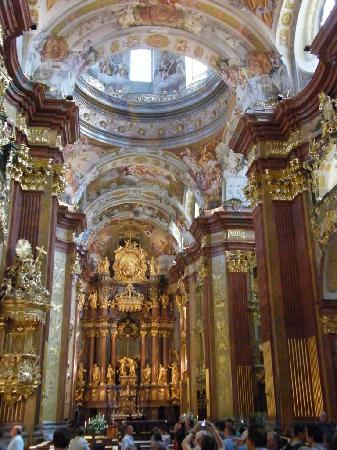 Hotel Konig Von Ungarn: Melk abbey...so beautiful...