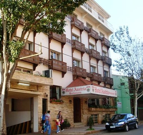 ciudad del este cougars dating site Encuentra este pin y  its 40-block historic district is made up of more than 350 buildings dating to  aprovecha los últimos rayos de sol del verano .