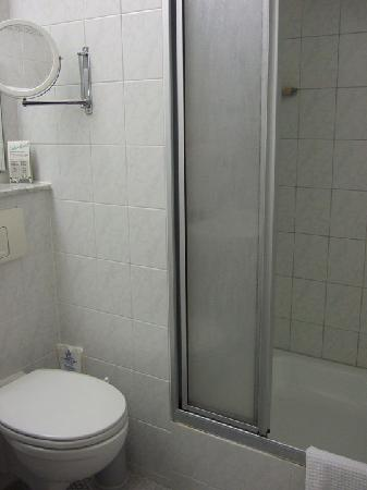 Hotel Hansablick Garni: View of shower at the Hansablick