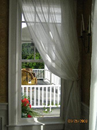 By the Bluff: A view onto the front porch