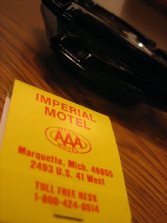 Imperial Motel : custom matchbooks 