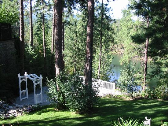 Photo of River Cove Elegant Waterfront B&B Post Falls