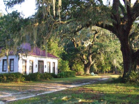 Dunham Farms: Palmyra Cottage, the original plantation house built in 1840