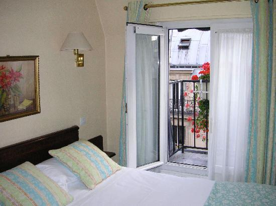 New Orient Hotel: Standard double with shower