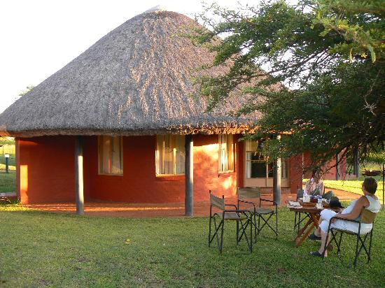 Zululand Safari Lodge: Outisde the rondavel (accom)