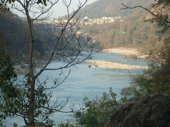 Rishikesh, India: Looking towards Lachmandhula