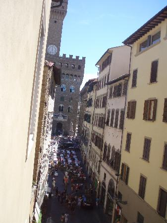 Hotel Por Santa Maria : View of Piazza from window 