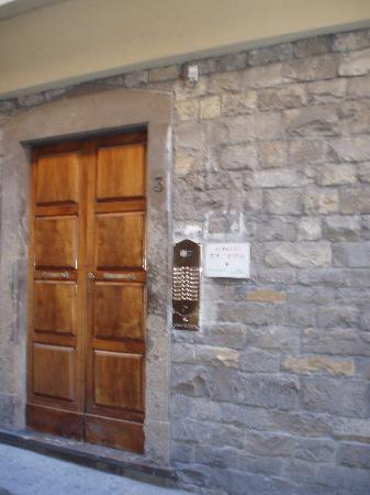 Hotel Por Santa Maria : Front door 