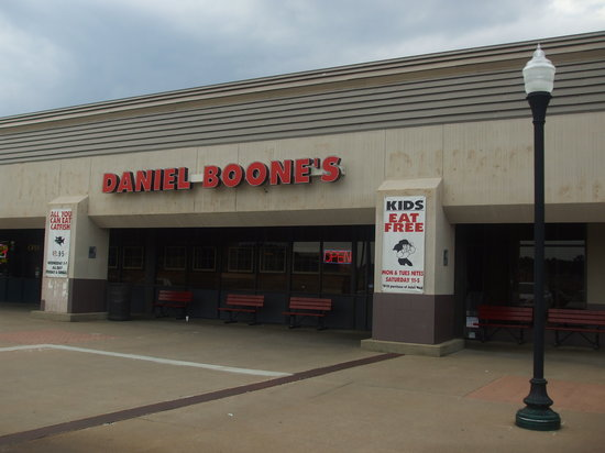 daniel boone 39 s tyler menu prices restaurant reviews