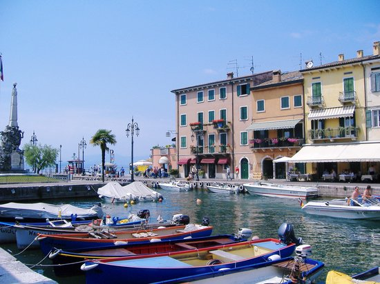 Lazise, : Lazise harbour