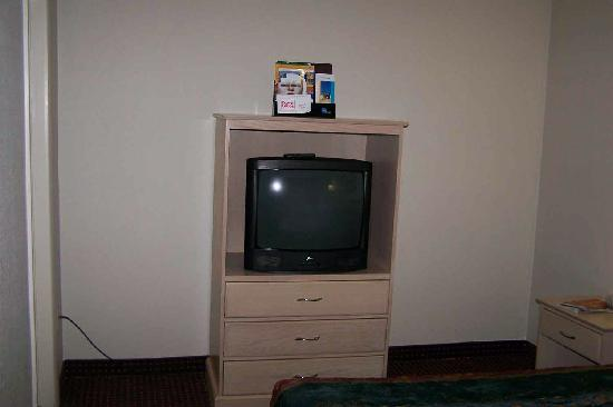 Econo Lodge: A Nice TV