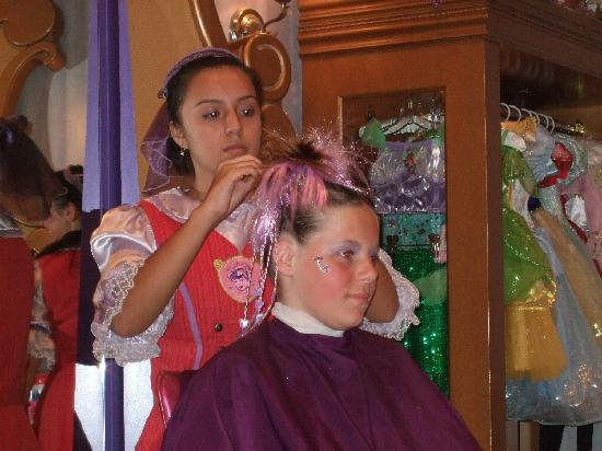 Hairstyles could have been better - Review of Bibbidi Bobbidi Boutique,
