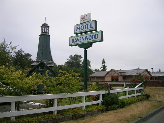 ‪Ravenwood Motel‬