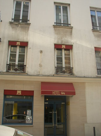 Hotel Liberty: Main Entrance