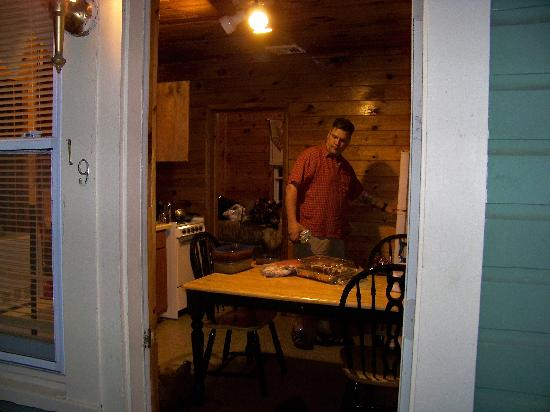 Valley Brook Inn & Cottages: my buddy in the kitchen