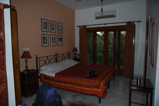 Saubhag Bed and Breakfast: vue de la chambre