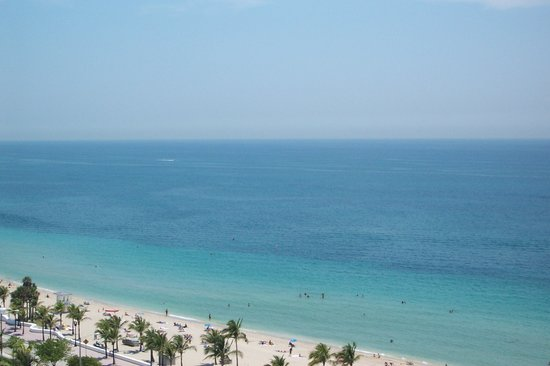Fort Lauderdale, Floride : Look over balcony