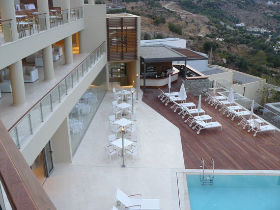 Lindos Blu: Main Pool / bar
