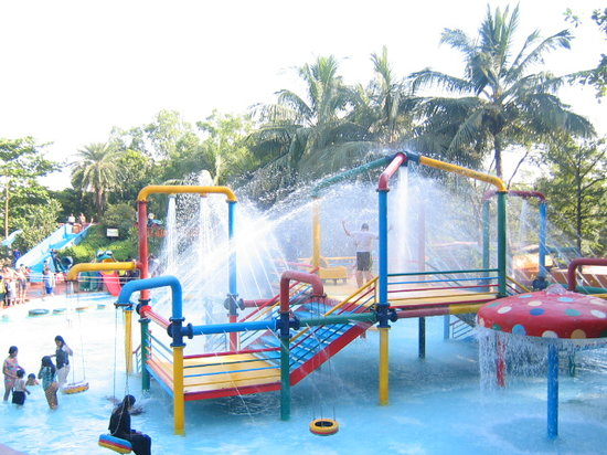 Thane, Indien: This the FUN WATER PARK AT TIKUJI-NI-WADI