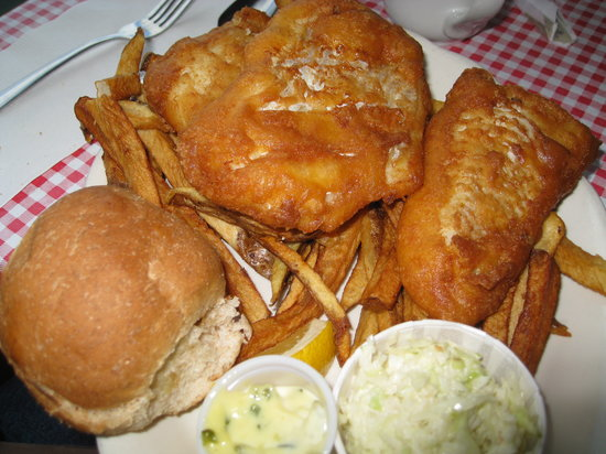 Great chowder and fried fish big red 39 s family restaurant for Red lobster fish and chips