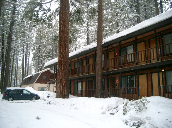 Tamarack Lodge: 3