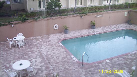 Holiday Inn Express Hotel & Suites Clearwater / US 19N: pool