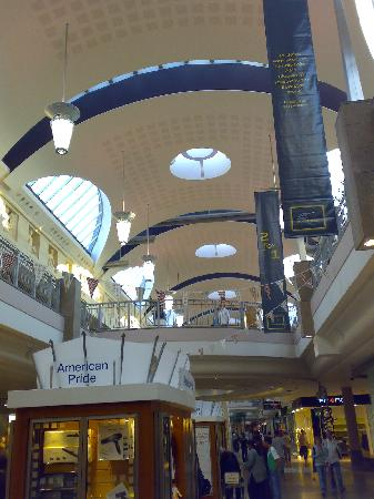 Greenhithe, UK: The Bluewater mall
