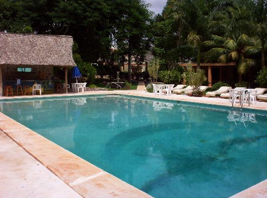 Piste, Mexico: The garden is a great way to felax after a warm day