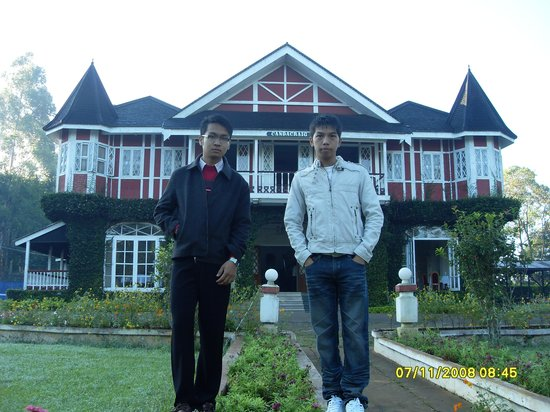 Thiri Myaing Hotel