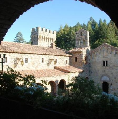 castello di amorosa. FIRST TIME VISITOR#39;S GUIDE TO