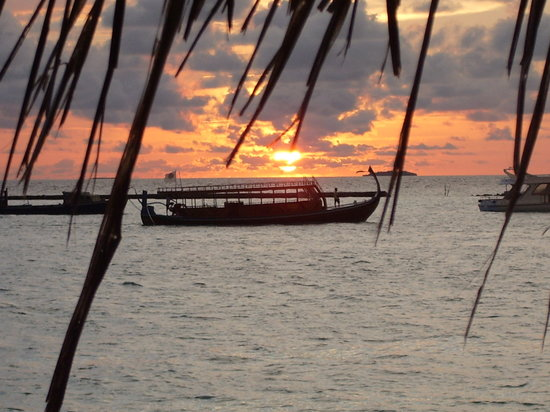 Noonu Atoll: Typical Sunset