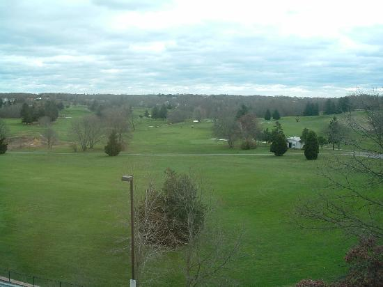 Residence Inn Neptune at Gateway Centre: Golf Course View from Room