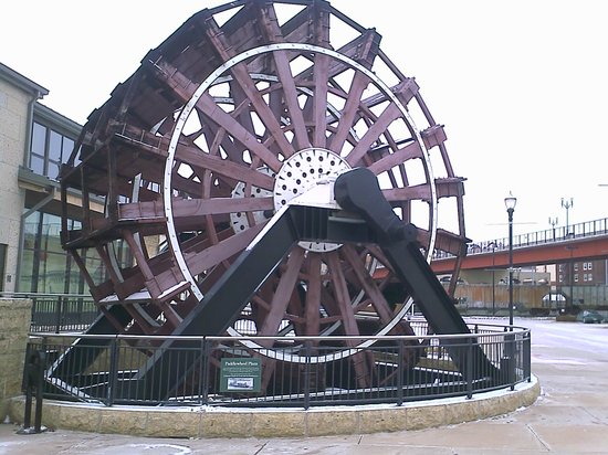 Dubuque, IA: Broken on the Wheel
