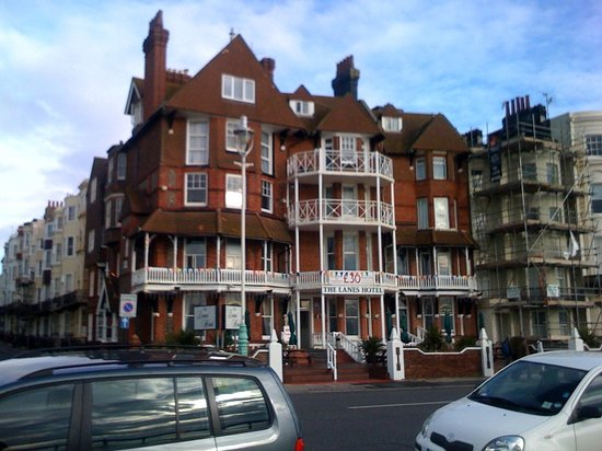 The Lanes Hotel: Exterior View (though the rate of £30 does not apply to Fri to Sun stays)