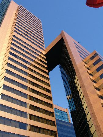 view of Marriott tower (Boulevard suites occupies the top half, apart from the topmost 2 floors)
