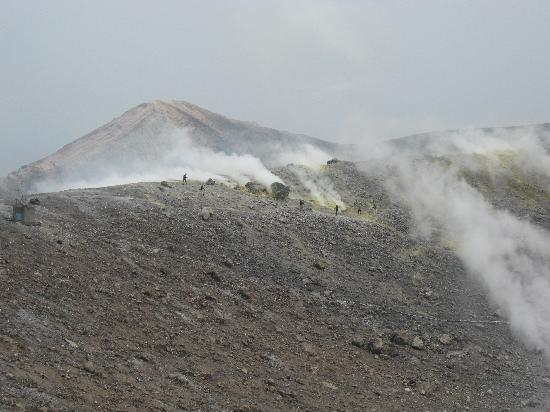 Isole Eolie, Italia: looking at the crater on Vulcano