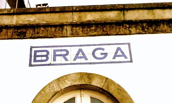 Hotel Bracara Augusta: Train Station