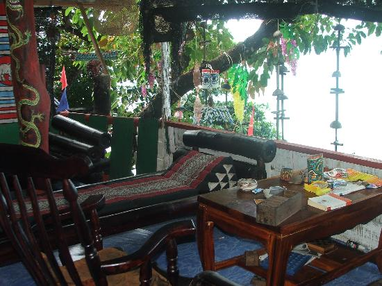 Trat, Thailand: Upstairs lounge